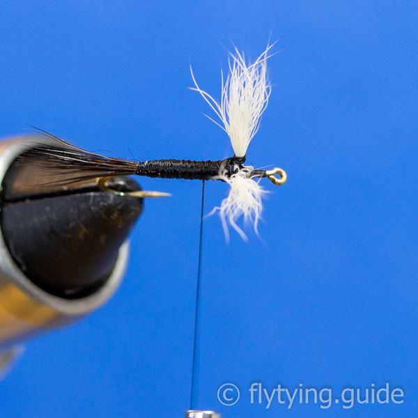 white wulff fly tying instruction